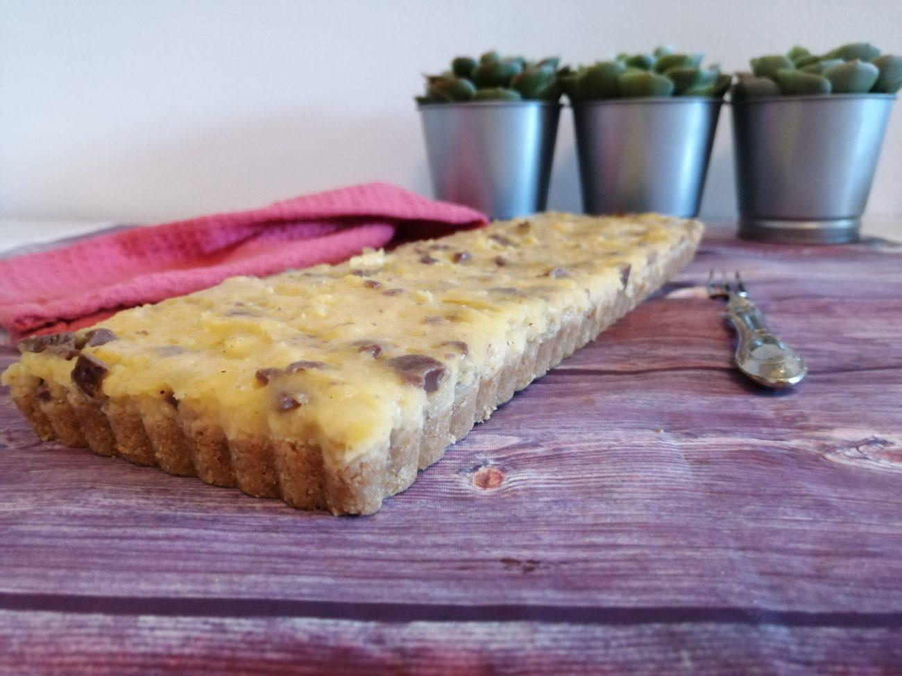 Cheesecake senza cottura con crema pasticcera e cioccolato al latte